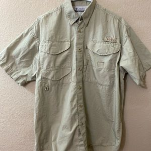 Columbia PFG  fishing shirt medium